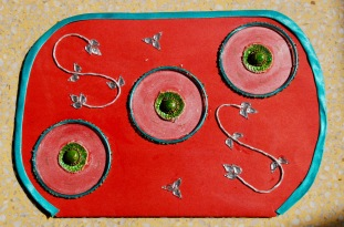 using glass bangles for invitation card